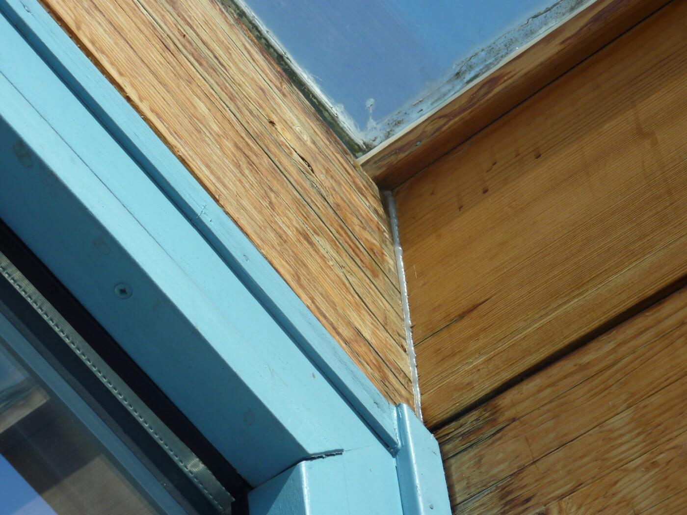 professionelle Sanierung-Glasdach: vorher - undichte Konstruktion