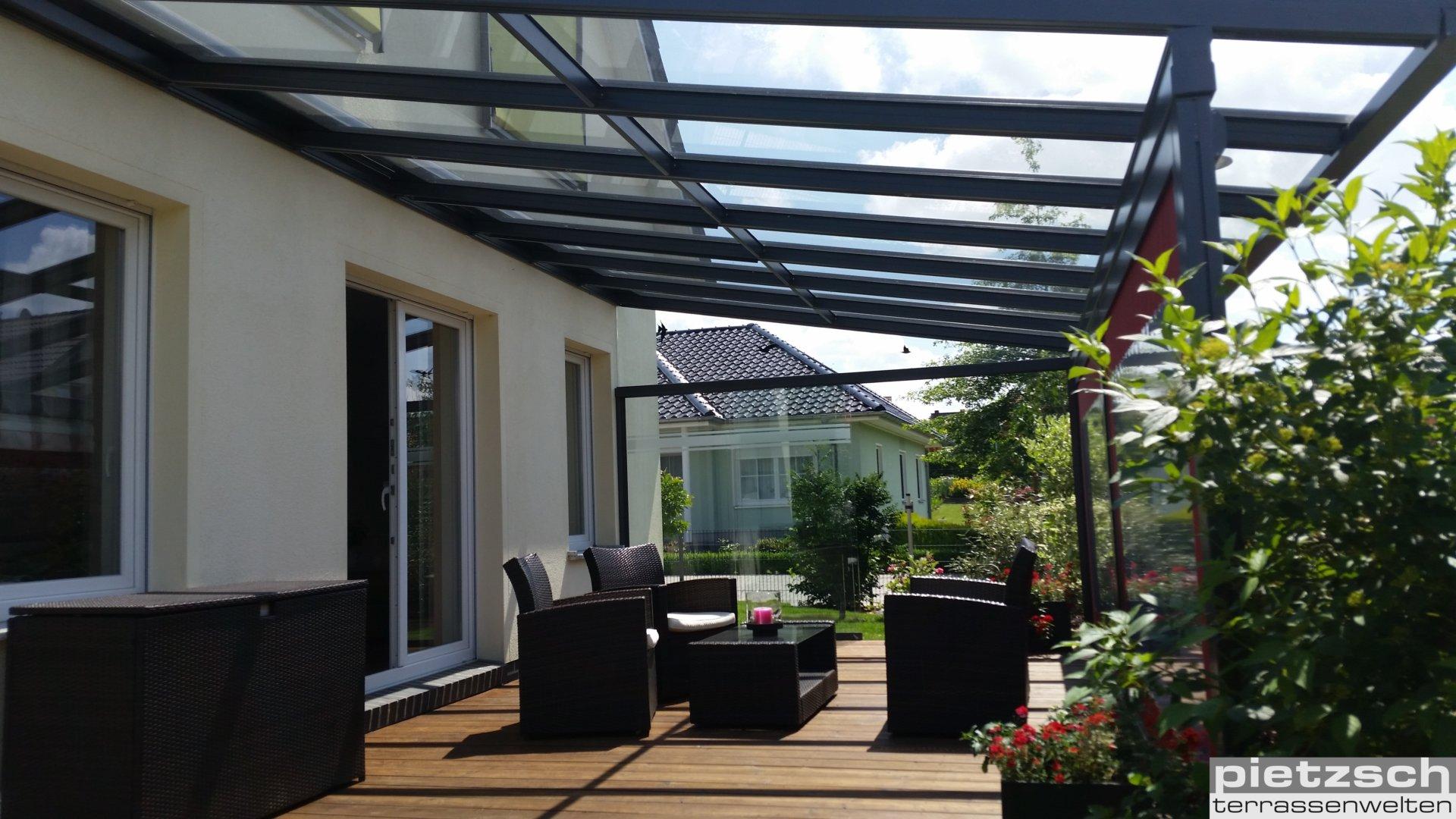 Terrassenüberdachung, Wintergarten, Glasdach, Kaltwintergarten, Sommergarten, Glasschiebewand, Schiebeverglasung