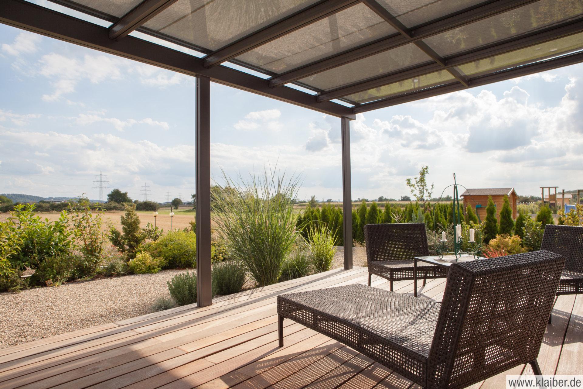 klaiber terrassen berdachung und vord cher aus glas und aluminimum. Black Bedroom Furniture Sets. Home Design Ideas