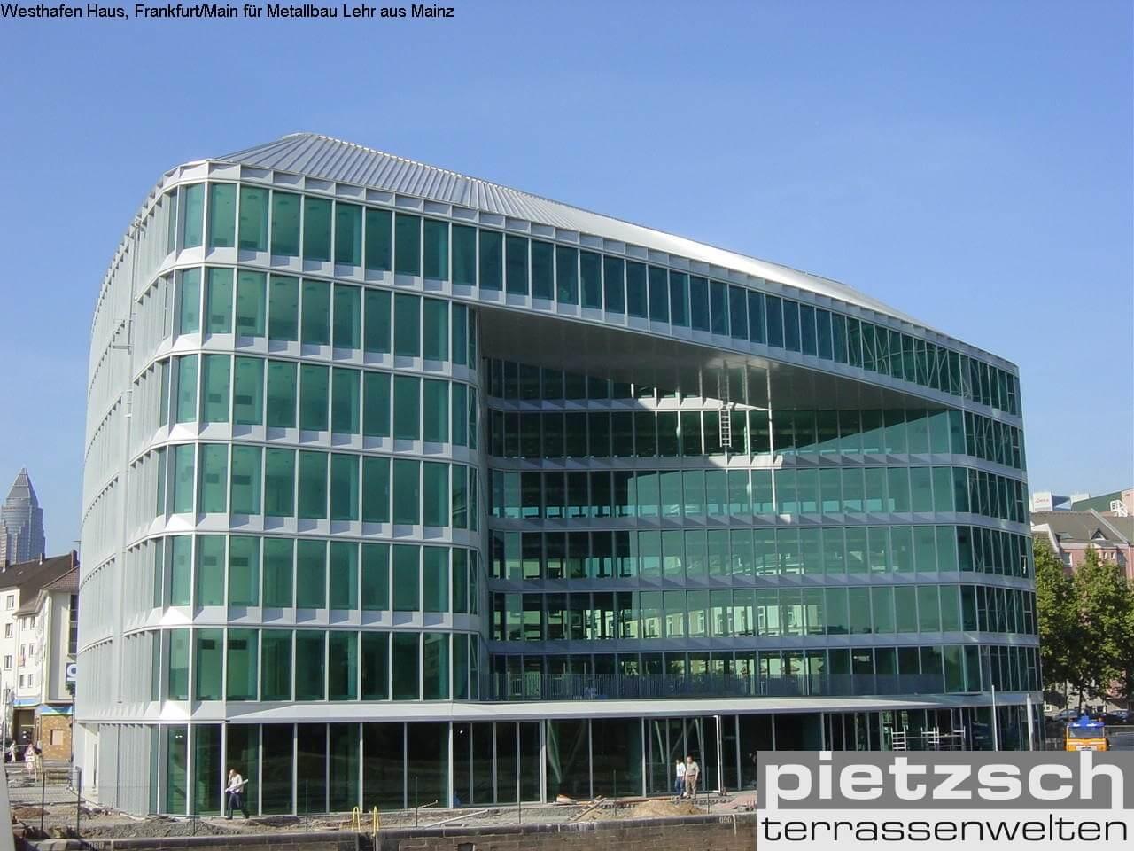 Glasfassade, Glasbau, Fenster, Türen, Fassade