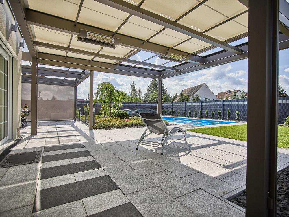 terrassenpavillon-markant-heizstrahler-pietzsch-1000x750